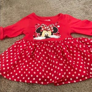 5 for $25: Minnie Mouse tunic and  leggings